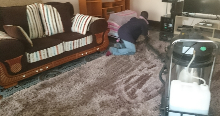 carpet-suctioning.jpg